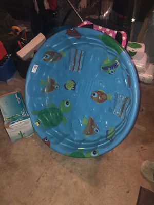 Baby Pool and Blow up cactus sprinkler toy for Sale in Saint Charles, MO