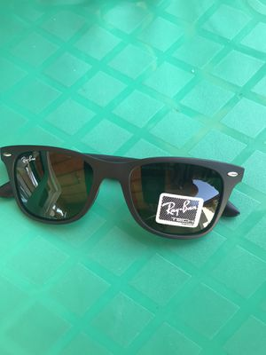 Rayban sunglasses for Sale in Los Angeles, CA