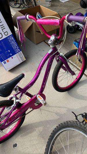 Schwinn girls bike 18 inch for Sale in Phoenix, AZ