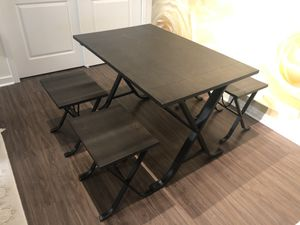 Dining table for Sale in East Windsor, NJ