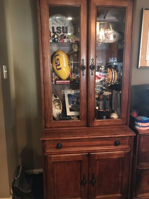 Curio cabinet with storage for Sale in Lake Charles, LA
