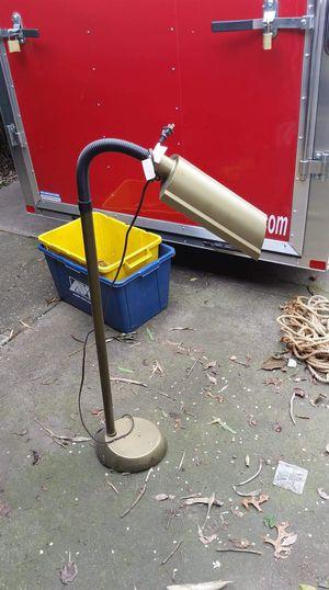 Floor lamp for Sale in Stockton, CA