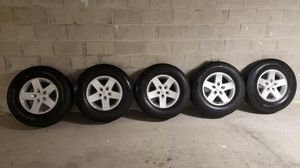 Jeep wrangler Stock tires and wheels ( Set of 5 ) for Sale in New Brunswick, NJ