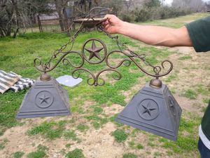 Double lamp lights for sale for Sale in Von Ormy, TX