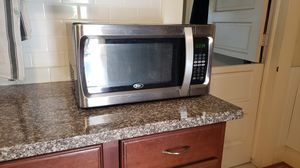Microwave for Sale in Artesia, CA