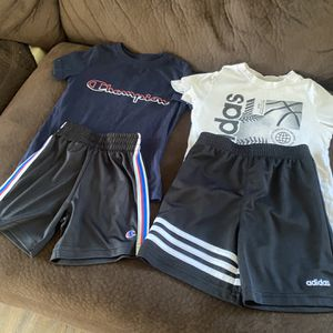 baby boy clothes in very good condition for two years to 4 years I only ask 8 dollars each pair for Sale in Hoquiam, WA