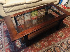 Coffee table with glass for Sale in Corona, CA