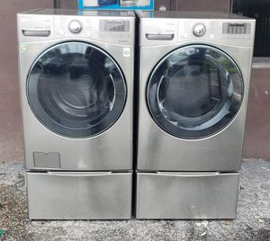 LG Tromm Washer & Dryer Set With Drawers for Sale in Miami, FL