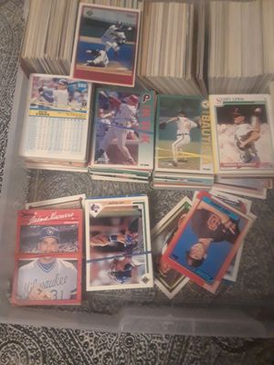 700 baseball cards top and more 600 football cards for Sale in Tyler, TX