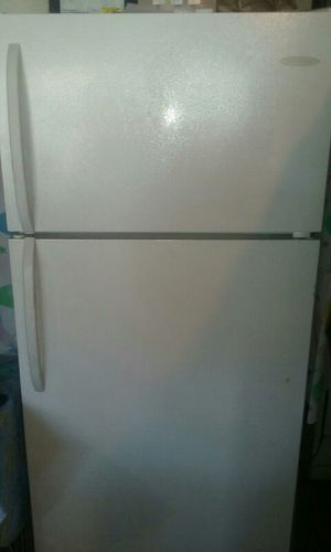 Refrigerator like new for Sale in Chicago, IL