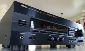Yamaha R-V502 5.1 Home Theater Surround Sound Receiver for Sale in Columbus, OH