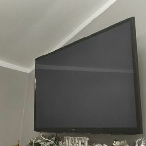 60 Inch LG Tv for Sale in Troy, MI