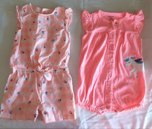 Summer clothes for baby girl.Size 12 months.Used but in great condition. for Sale in Pompano Beach, FL