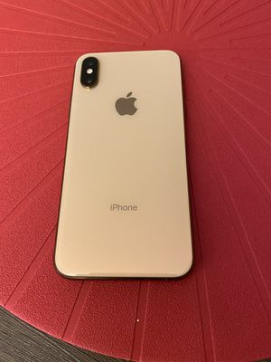 Iphone XS 64gb Gold(Unlocked)- Excellent condition for Sale in Seattle, WA