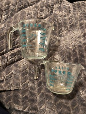 2 vintage PYREX green measuring cups 2 cup 1 cup for Sale in Stockton, CA
