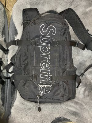 Supreme Backpack (FW18) black for Sale in Lathrop, CA