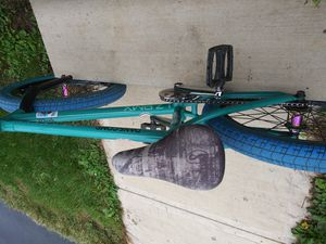 Custom colony bmx bike rides good 250$ for Sale in Delaware, OH