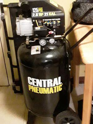 21 gallon compressor for Sale in Pittsburgh, PA