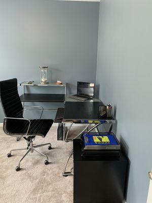 Desk,office chair,filling cabinet,desk organizer for Sale in Austell, GA