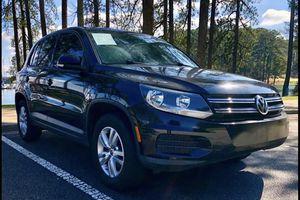 2012 Volkwagen tiguan for Sale in Buford, GA