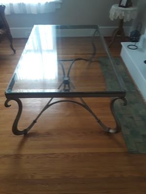 Beveled glass coffee table for Sale in Peoria, IL