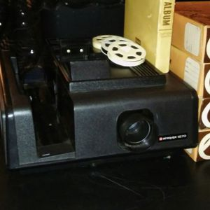 Slide Projector Airquipt 1670 for Sale in Alexandria, LA