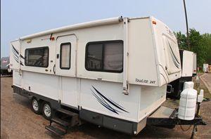 2007 Hi Lo camper model 2407T for Sale in Hollywood, CA