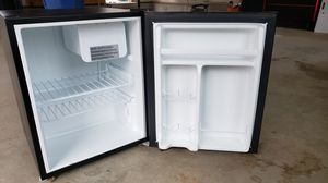 Mini fridge for Sale in Hampton, CT