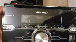 Pioneer FHX720 Bt double din head unit for Sale in Fresno, CA