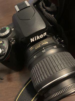 Nikon D40 7.4/9v digital camera w/ accessories for Sale in Nashville, TN