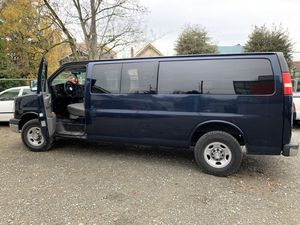 2011 Chevy Express Van 3500 V8 7L (camper style) for Sale in Seattle, WA