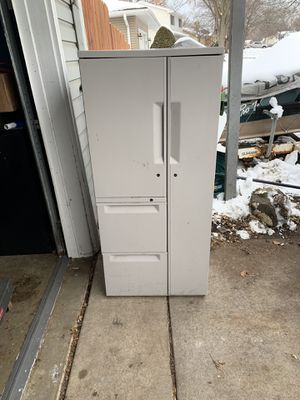 Metal cabinets for Sale in Brooklyn Park, MN