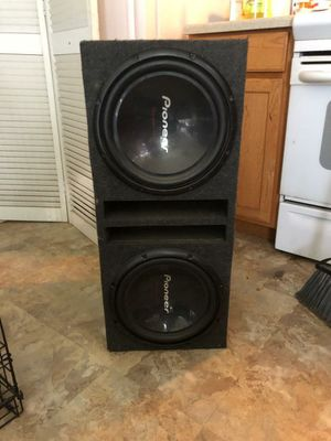 Pioneer Competition Speaker and 2 amps and crossover for Sale in Chestertown, MD