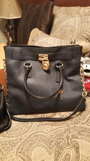 Navy blue Michael kors purse for Sale in Wichita, KS