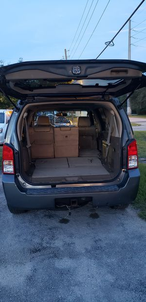 Nissan pathfinder for Sale in Kissimmee, FL