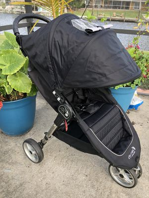 Black Baby Jogger City Mini Stroller - Newer Logo for Sale in West Palm Beach, FL