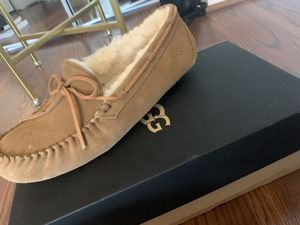 New UGG mens slippers-size 11 for Sale in Washington, DC