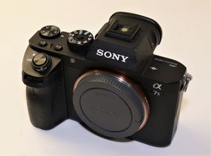 Sony Alpha a7S II Mirrorless Camera ILCE7SM2/B for Sale in Miami, FL
