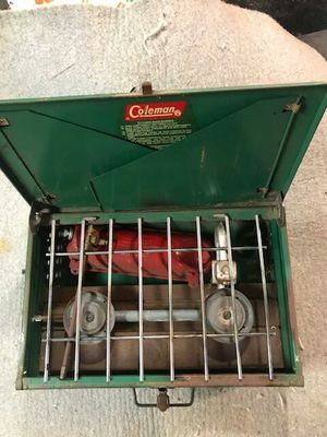 Vintage Coleman 425F Coleman gas for Sale in Chardon, OH