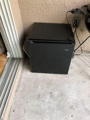 Small fridge for Sale in Tampa, FL