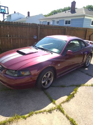 2004 40th anniversary edition Mustang for Sale in Brook Park, OH