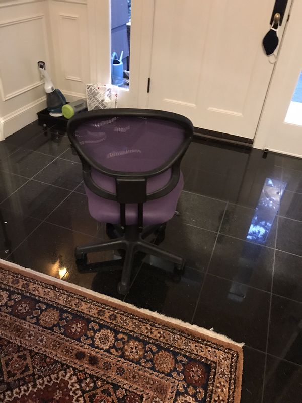 Free Purple Desk Chair: MUST Be Picked Up Today !!!