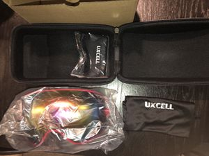 uxcell Snowboard Goggles for Men Women Anti-Fog UV Protection Ski Goggles Winter Sports Skiing Snowmobile for Sale in Agua Dulce, CA