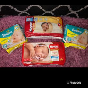 Huggies & pampers newborn for Sale in Los Angeles, CA