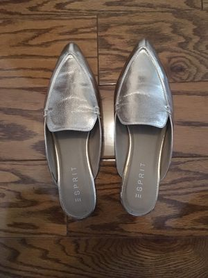 Esprit Brushed Gold Flats - 10 - Genie Shoes for Halloween for Sale in San Diego, CA