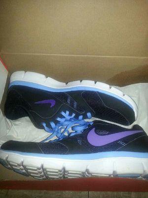Nike women's shoes for Sale in Mount Rainier, MD