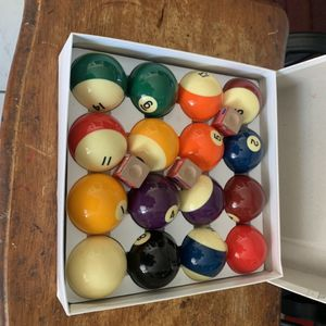 Bollas De billar for Sale in Lynwood, CA