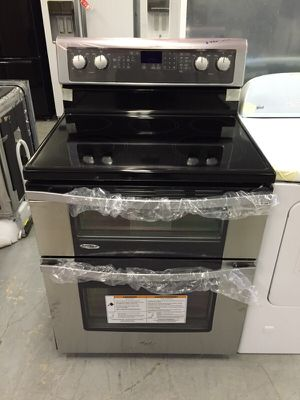 Whirlpool double oven range stainless for Sale in Grand Prairie, TX