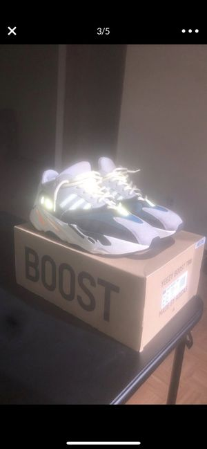 YEEZY BOOST 700 SZ 11 for Sale in Waterbury, CT