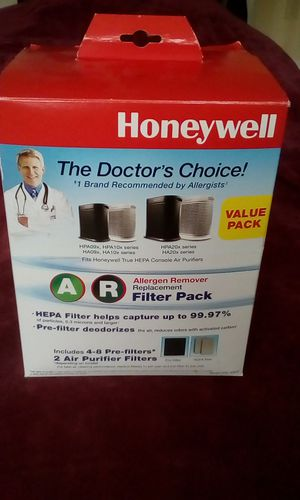 Honeywell air purifier FILTERS. Multi Pack. CASH ONLY. Honeywell console HEPA air purifier for Sale in Tarpon Springs, FL